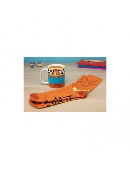 Disney - Set Taza y Calcetines Woody y Andy